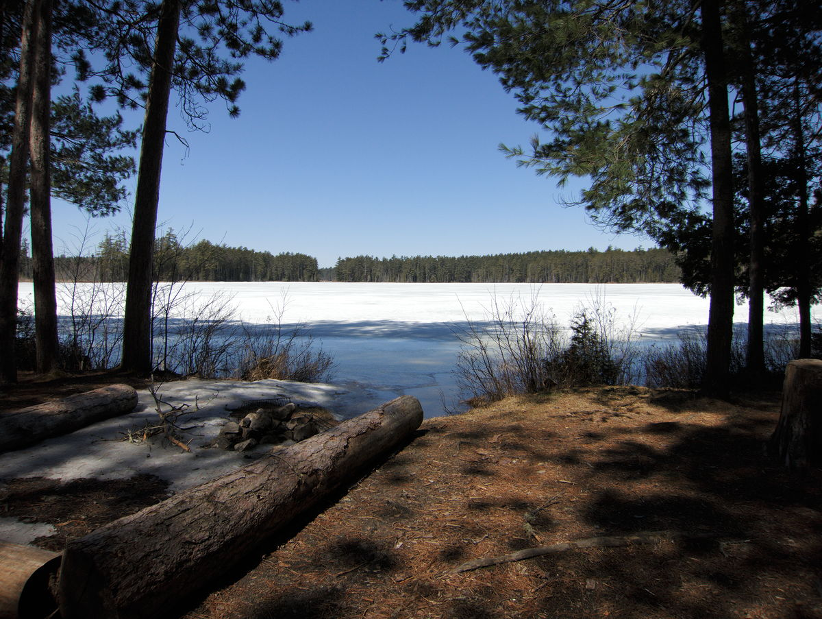 Early spring drive to Lake Travers in Algonquin Park
